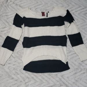 Womens black white striped knit sweater NWOT large